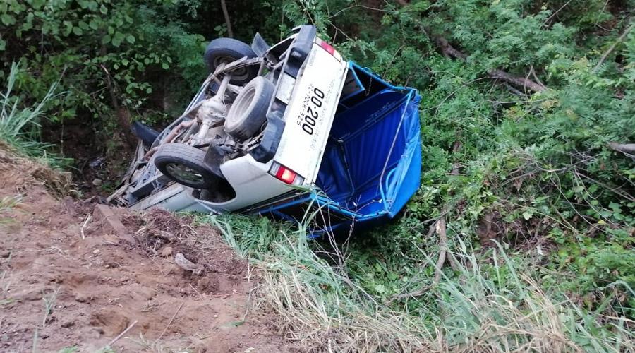 Nueve lesionados deja volcadura en Tonameca