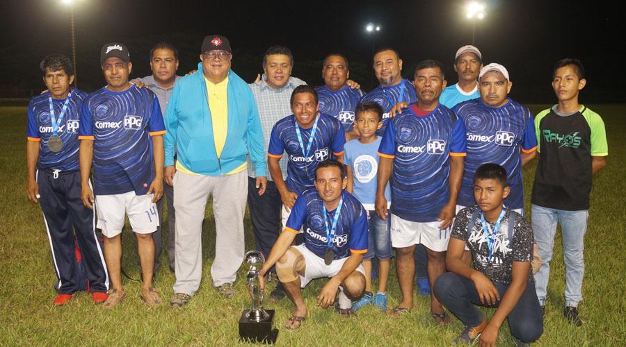 Ixtaltepec, campeones de la Liga de Veteranos