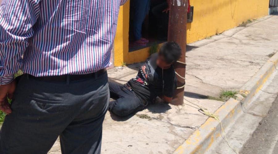 La amarran por tratar de robar en la Central de Abasto | El Imparcial de Oaxaca