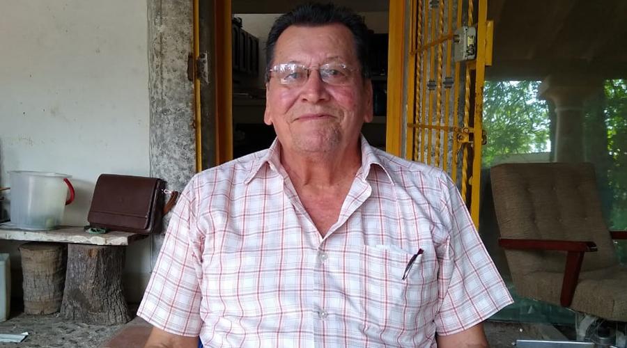 Constructores se niegan a la reconstrucción de aulas en Juchitán