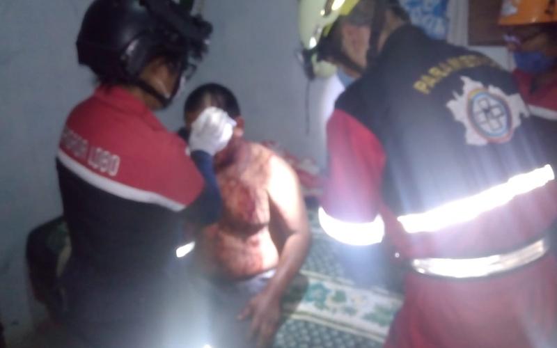 Cholos contra cholos; se pelean por una caguama en San Martín Mexicápam | El Imparcial de Oaxaca