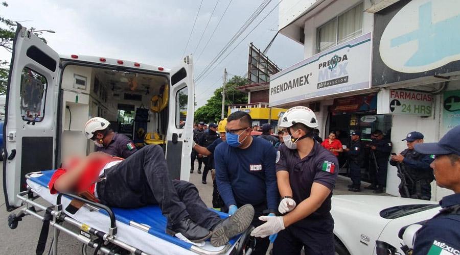 Hieren a trabajador de la empresa Prendamex en Juchitán