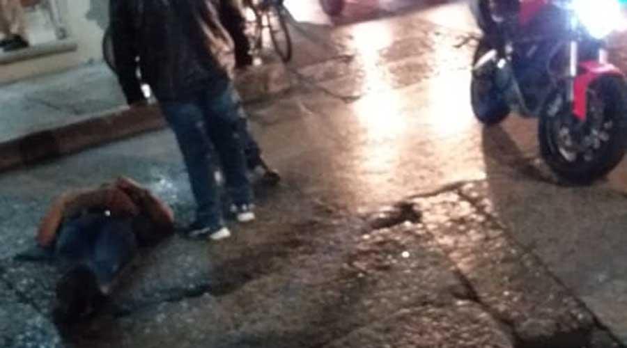 Derrapa en Huajuapan por el asfalto mojado | El Imparcial de Oaxaca