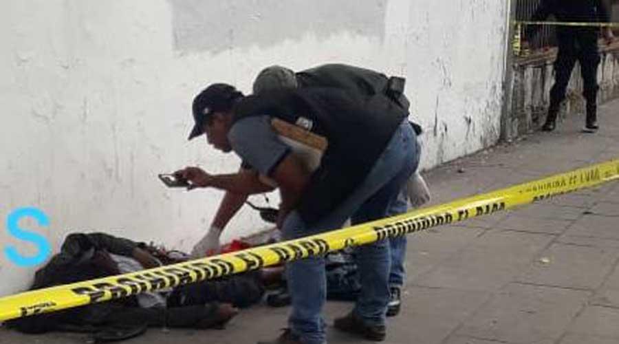 Muere persona en situación de calle en la vía pública