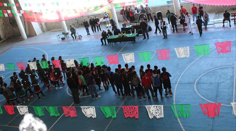Inauguran Liga Comunitaria Regional de básquet en Tlaxiaco