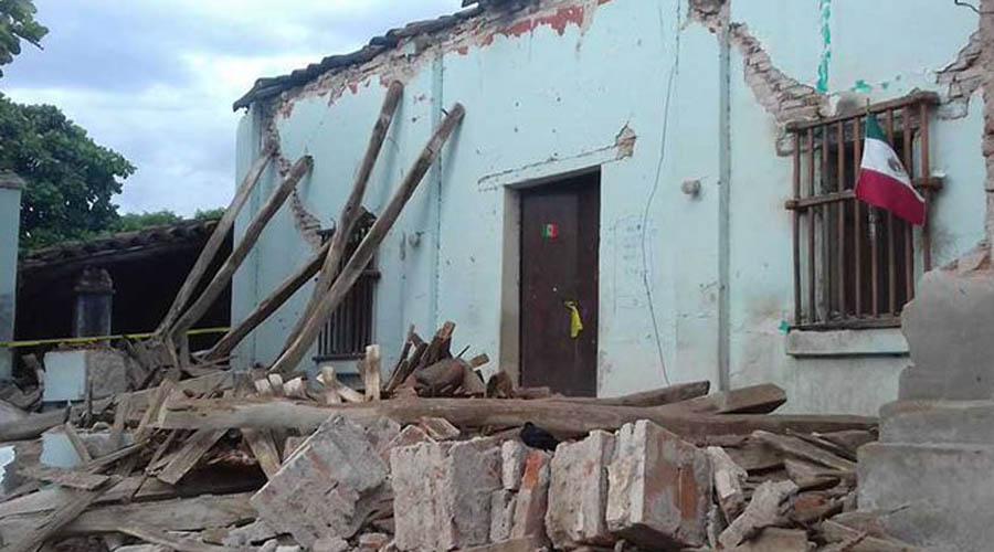 Adultos mayores de Oaxaca siguen sin reconstrucción; viven bajo lonas y cartones | El Imparcial de Oaxaca
