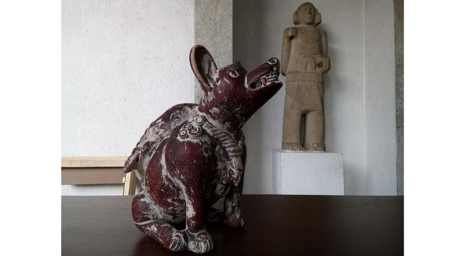 Demián Flores, trae nuevos dioses  desde el México antiguo