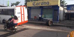 """En Tuxtepec, circulan urbanos """"chatarra"""""""