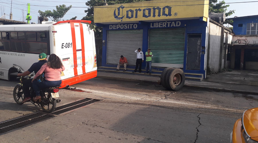 "En Tuxtepec, circulan urbanos ""chatarra"" | El Imparcial de Oaxaca"