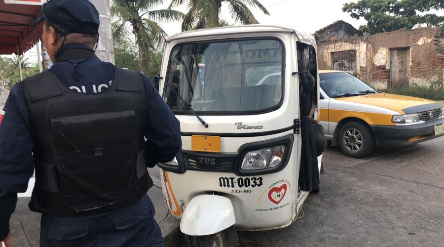 Detienen a mototaxista en Juchitán