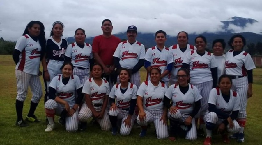 Leonas se coronan en la Liga de Softbol Oaxaca