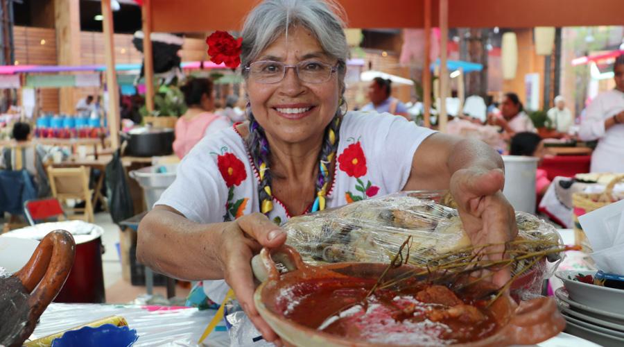 Llaman a proteger la cocina tradicional de Oaxaca