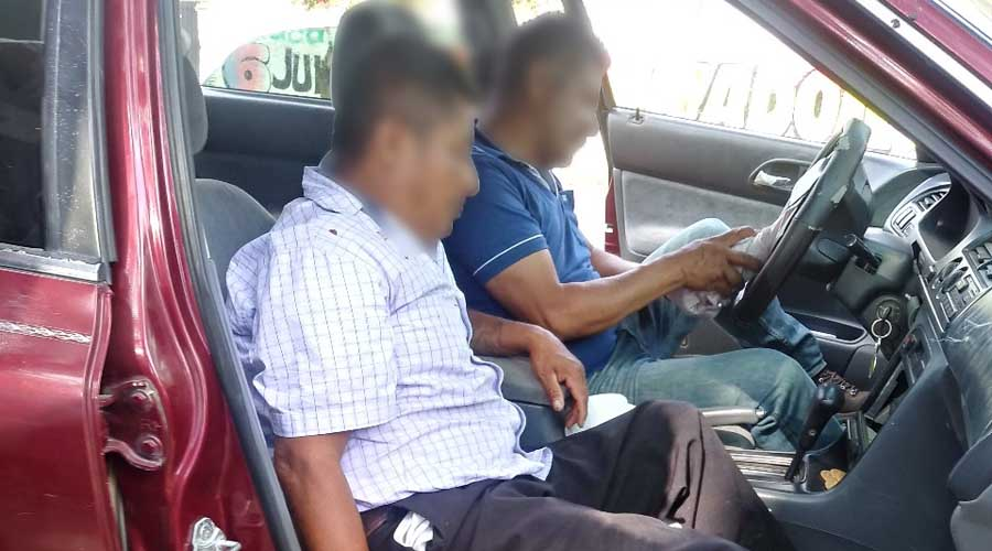 Policías estatales borrachos chocan contra poste en San Agustín de las Juntas