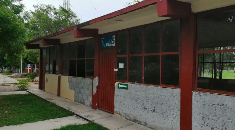 Inicia la construcción de las aulas dañadas del CETis 168 de Ciudad Ixtepec