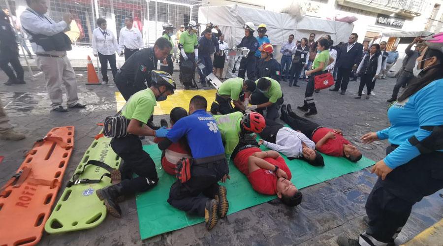 Puestos ambulantes complican mega simulacro en el Centro Histórico de Oaxaca