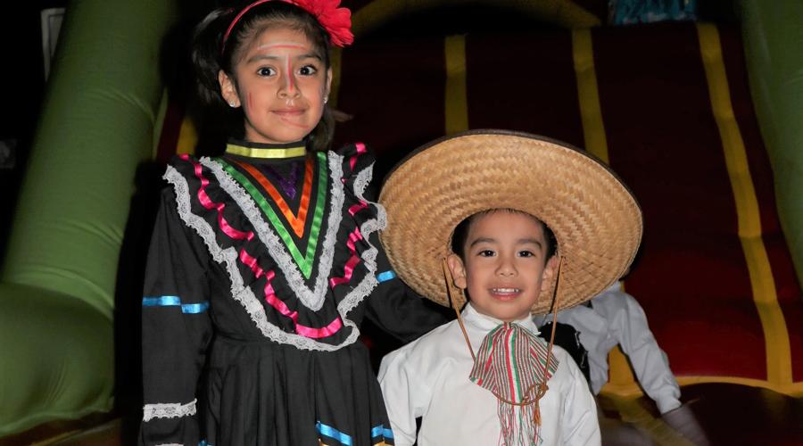 Colegio del Valle de Etla, celebra la Independencia