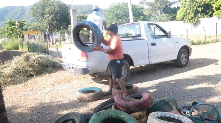 Continúan combatiendo el dengue en Salina Cruz