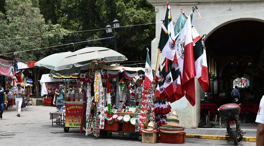 Todo listo para el Grito en el Zócalo de Oaxaca | El Imparcial de Oaxaca