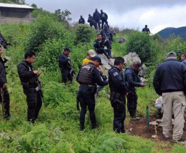 Buscan gente desaparecida en la Cañada