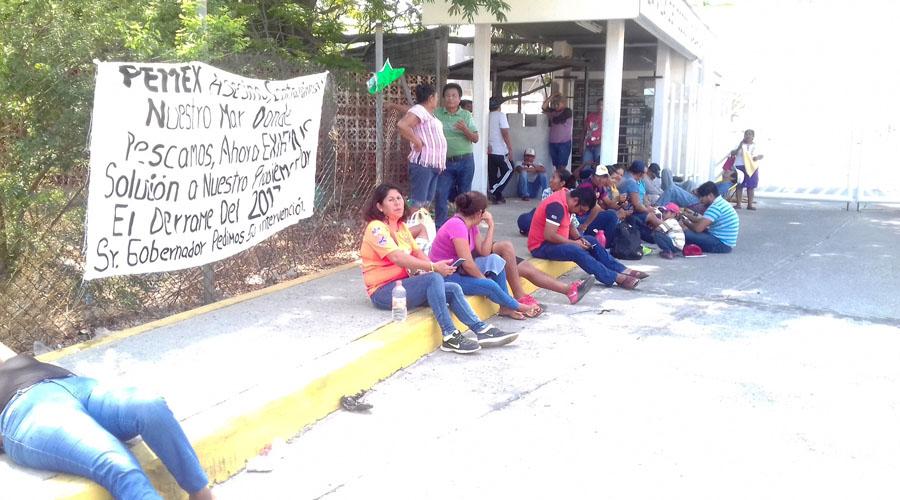 Buscan salineros que Pemex cumpla con indemnización
