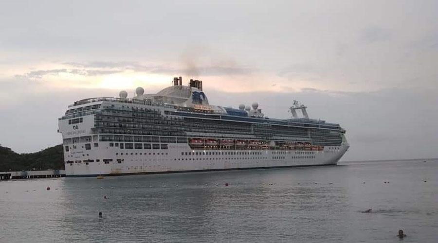 Temporada de cruceros reactiva economía de Huatulco