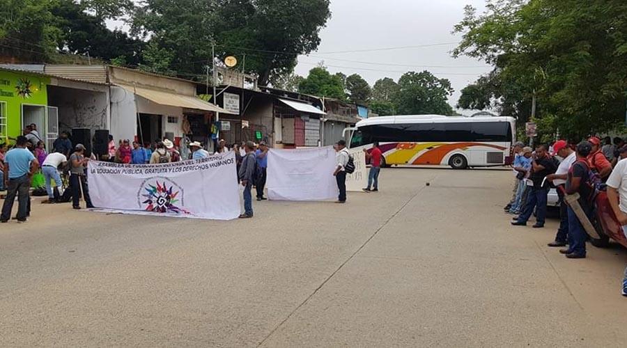 Organización social bloquea puntos de Tuxtepec