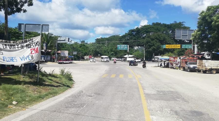 Liberan carreteras en Pochutla | El Imparcial de Oaxaca