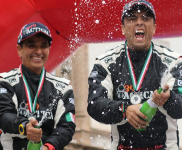 La alegría del campeón Ricardo Cordero