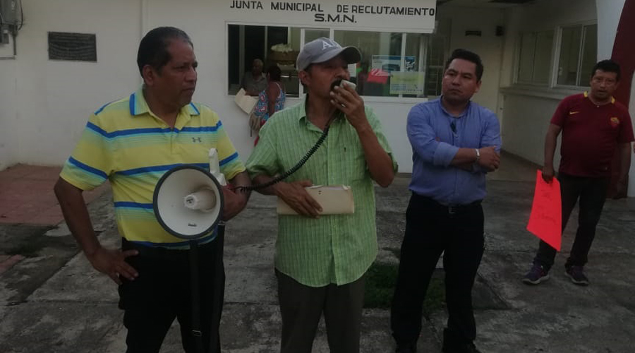 Protestan comerciantes contra municipio de Matías Romero