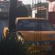 Abandonan un taxi siniestrado
