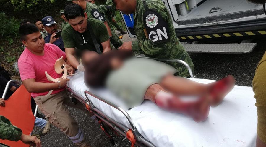 Tres personas lesionadas deja accidente en carretera Teotitlán-Huautla