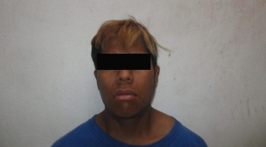 Detienen a sujeto por robo de mochila   El Imparcial de Oaxaca