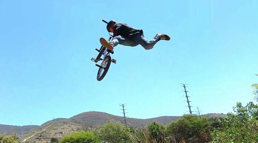 Rider oaxaqueño busca apoyo