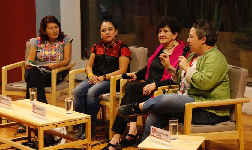 Buscan completar la historia, en la 39 FILO | El Imparcial de Oaxaca