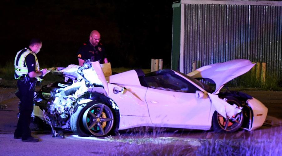 Aparatoso accidente sufre boxeador al acelerar su Ferrari | El Imparcial de Oaxaca