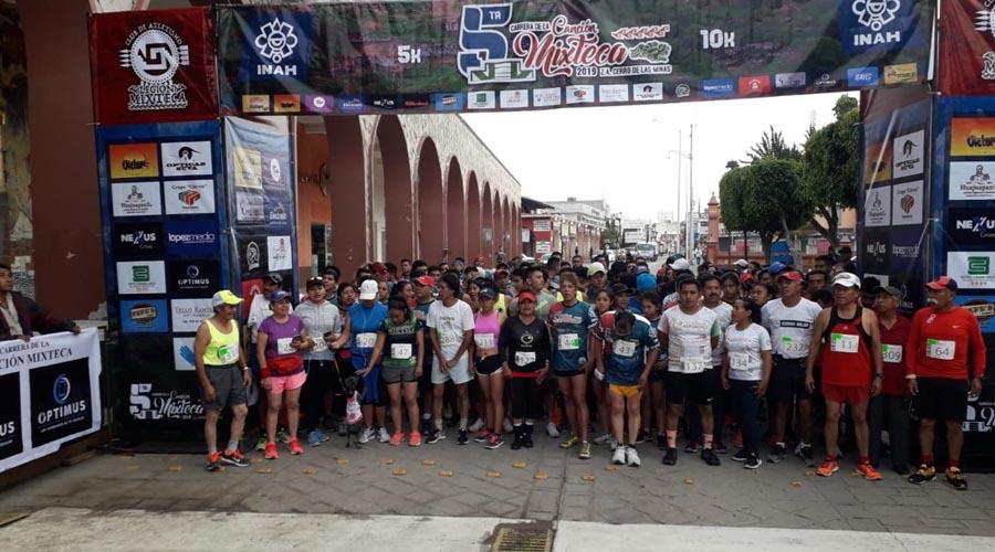"""Realizan la Quinta Carrera atlética """"Canción Mixteca"""""""