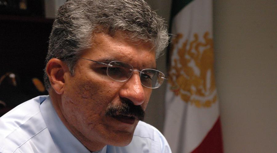 Buscan presidir CNDH exombudsman 'fichitas'