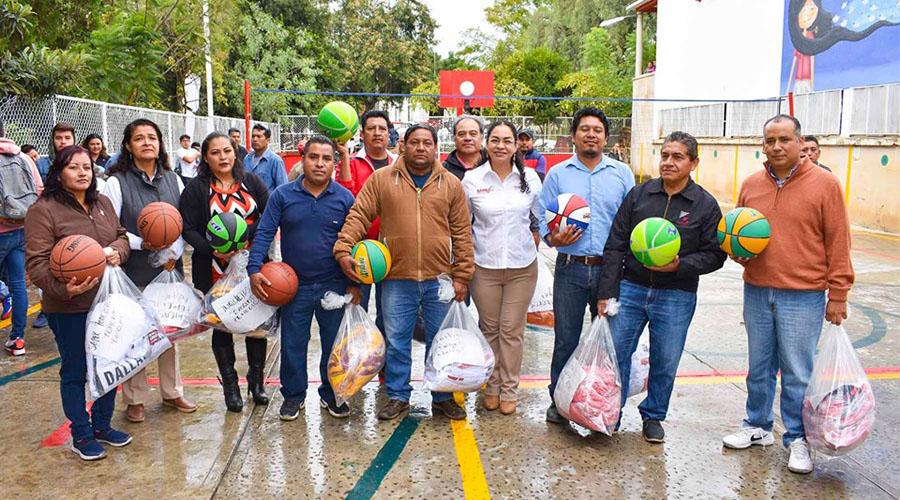 Inauguran Juegos Deportivos SAPAO