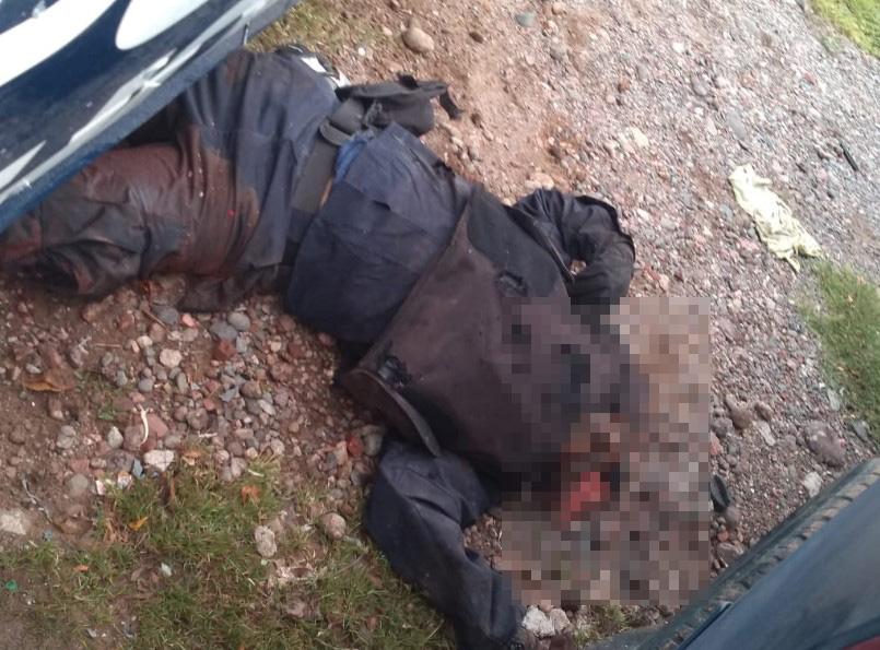 En emboscada contra policías, al menos 14 personas fallecen