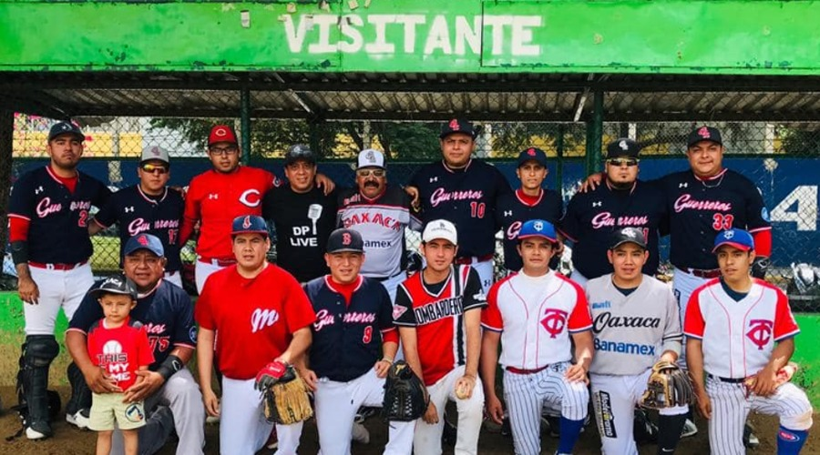 Juegan la Semana 13 de Béisbol