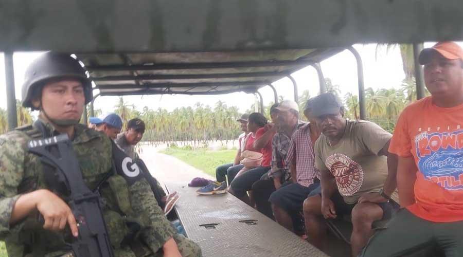 """47 pueblos incomunicados y dos muertos deja """"Narda"""""""