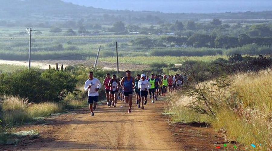 Corren en Tlacochahuaya | El Imparcial de Oaxaca