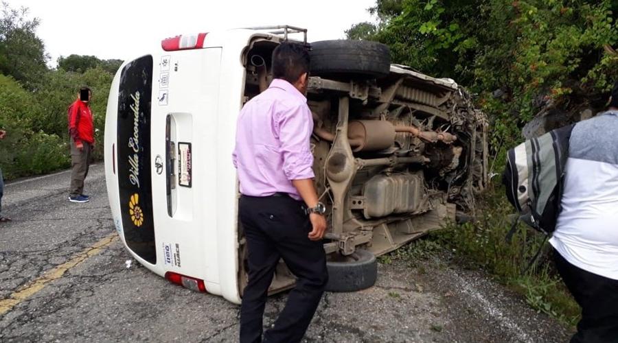 Volcadura en Juchatengo deja más de 7 heridos | El Imparcial de Oaxaca