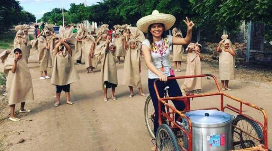 Se viraliza foto de alumnos disfrazados de tamales   El Imparcial de Oaxaca