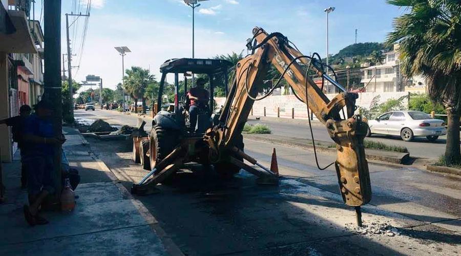 Suspenden suministro de agua por fuga en Salina Cruz   - El Imparcial de Oaxaca