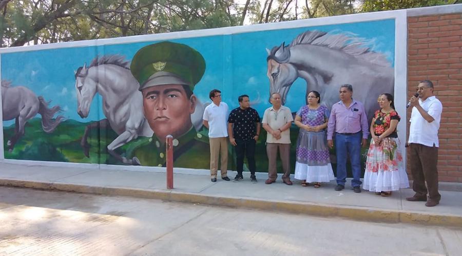 Conmemoran 50 años de la secundaria Heliodoro Charis