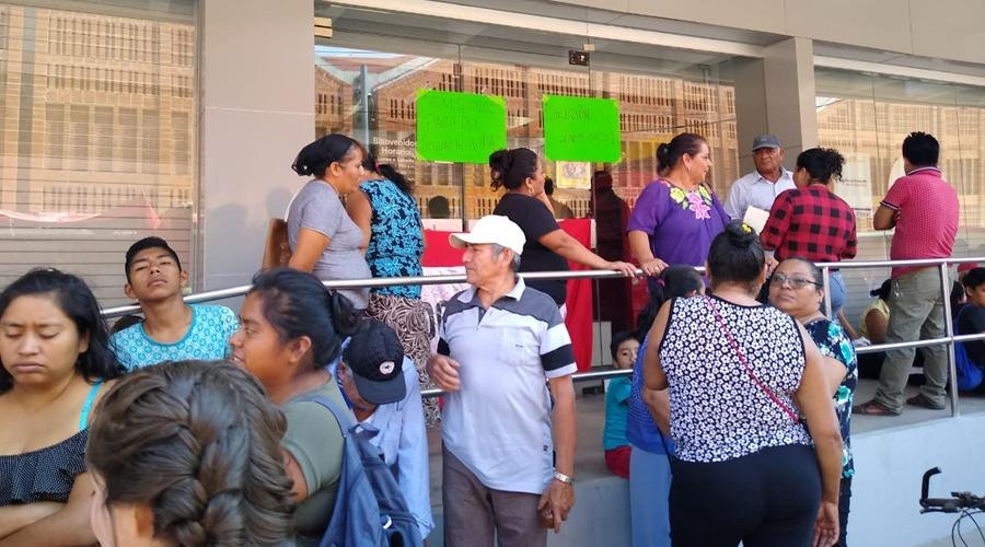 Coceistas exigen pago de seguro de vida a tienda departamental