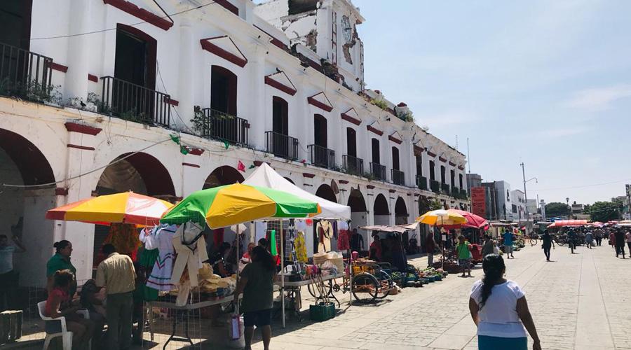 Buscan acuerdos para iniciar las actividades en el Mercado Público