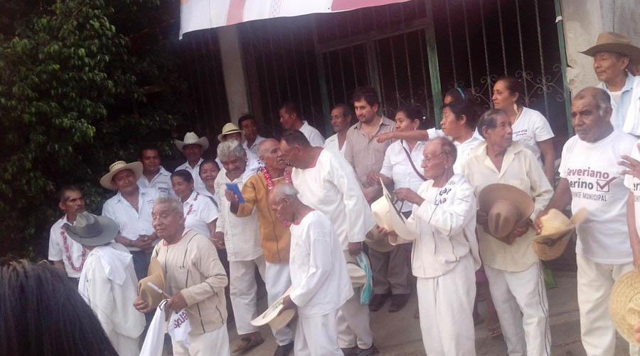Militantes de Morena piden hospital equipado   El Imparcial de Oaxaca