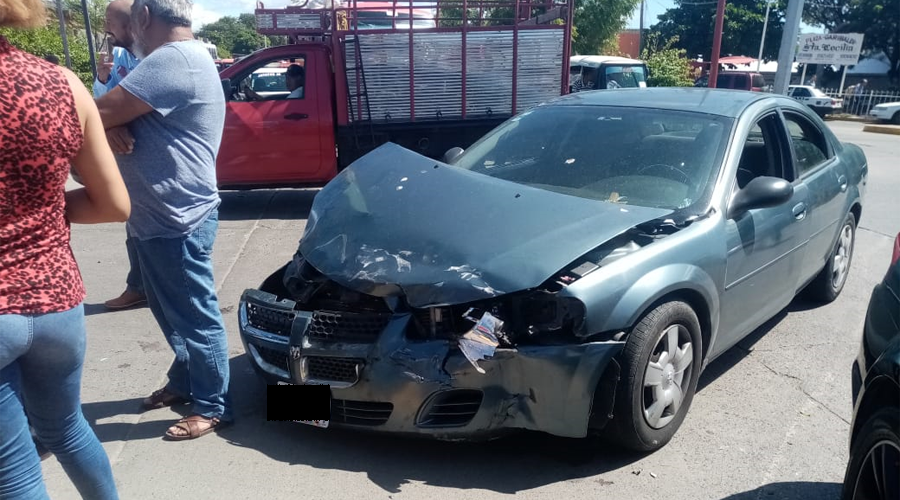 Aparatoso accidente en Juchitán